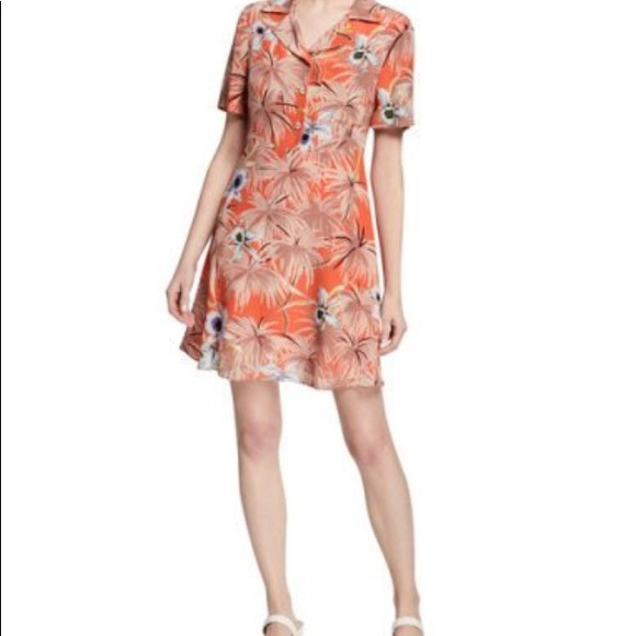 Valentino Dresses & Skirts - VALENTINO floral button down dress (MINT)